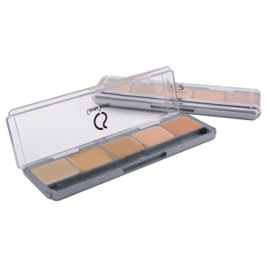 Cinema Secrets 5-in-1 Ultimate Foundation palette for fair skin