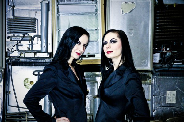 Jen and Sylvia Soska horror directors of twisted twins productions