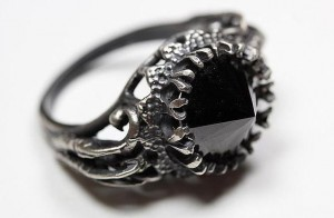 Blood-Milk-Jewelry-Belonging-to-the-Darkness-Ring