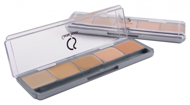 Product Review: Cinema Secrets 5-in-1 Ultimate Foundation Palette
